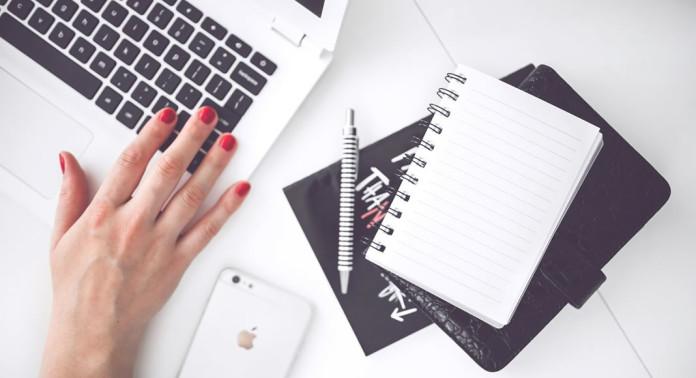 Veja nesta matéria algumas dicas sobre como fazer seu blog ganhar dinheiro. Muita gente monta um blog e simplesmente não consegue ganhar dinheiro com ele. Confira algumas dicas para que você possa ganhar dinheiro de verdade com o seu blog.