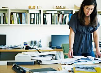 Confira nossas dicas para montar um negócio em casa. Criamos uma lista de dicas super importantes para as empreendedoras que desejam ter um negócio em casa com uma estrutura de home office, algo que pode parecer fácil, mas não é tão simples assim.