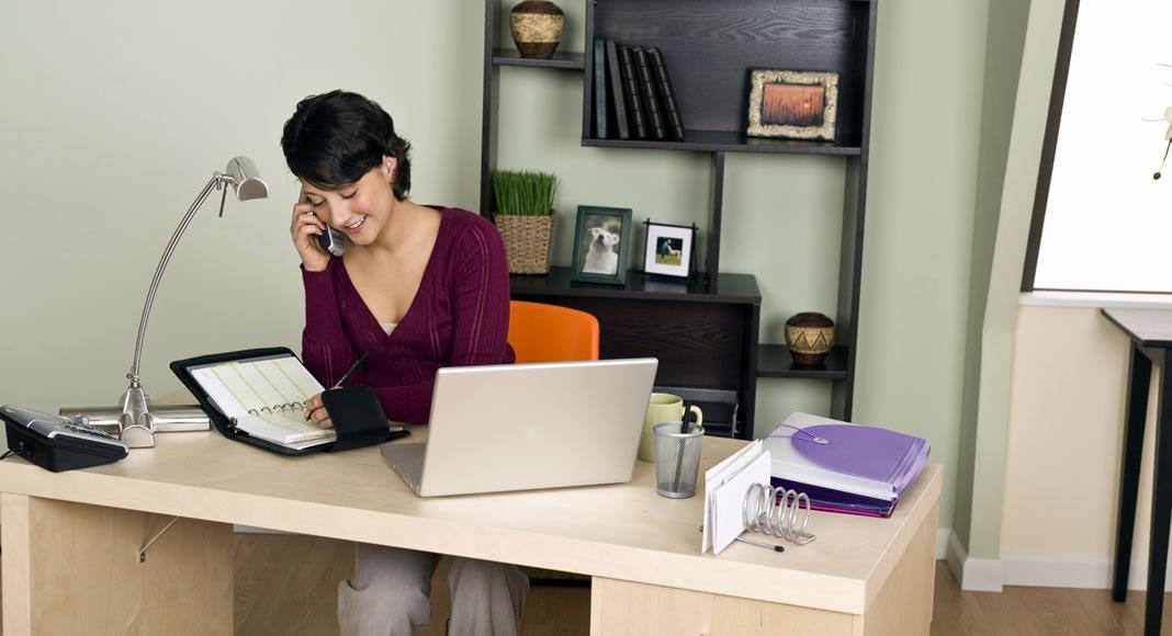 Sensational Dicas Para Trabalhar Em Um Home Office E Ser Produtiva Largest Home Design Picture Inspirations Pitcheantrous